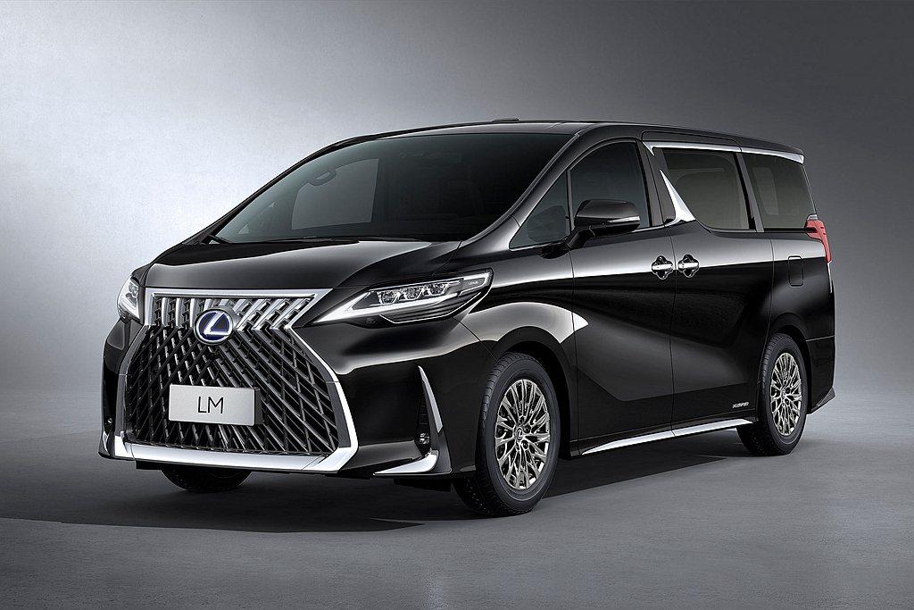 中國Lexus LM預售價為人民幣116.6萬元(七座)、146.6萬元(四座)...