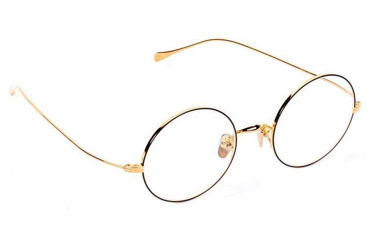 MASUNAGA與溥儀眼鏡聯名系列光學鏡框27,000元。圖/溥儀眼鏡