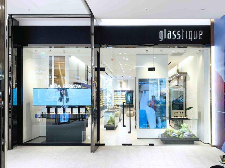 眼鏡概念店glasstique正式進駐遠東信義A13,並帶來多個獨家眼鏡品牌。圖...