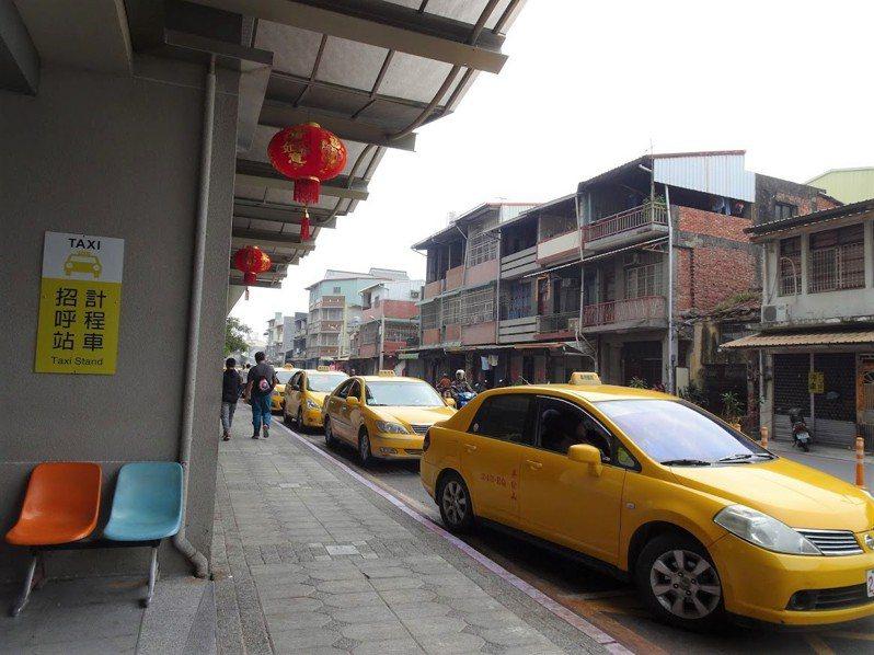 過年到,屏東縣計程車今年春節加成運價從今天起至29日止,每趟按表計費再加收50元。圖/本報資料照片