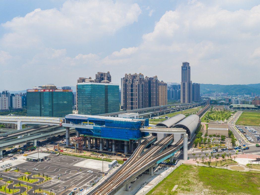 近期將通車的捷運環狀線將串起新北各都會生活圈。業者提供