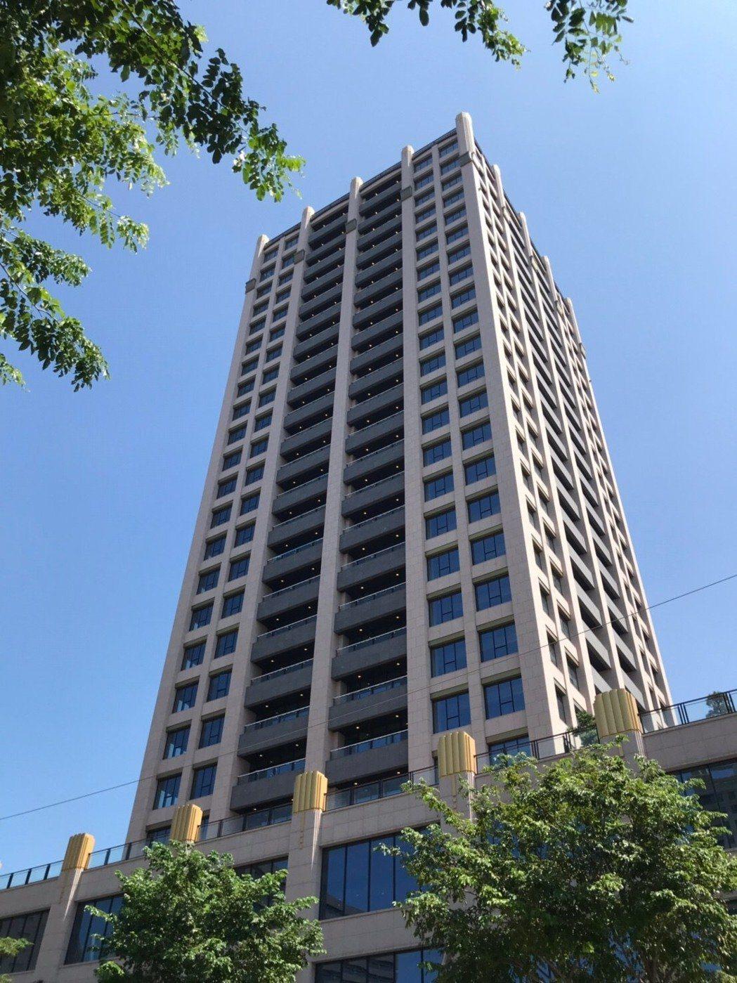 中悦總部將從南崁搬遷到雙軸心西側起點且銷售中的「中悦IFC」,同樣這棟建築也吸引...