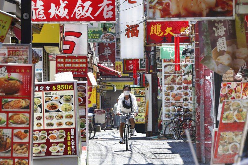 日本部分縣5月中旬先行解除「緊急事態宣言」已在考量之中。 圖/美聯社