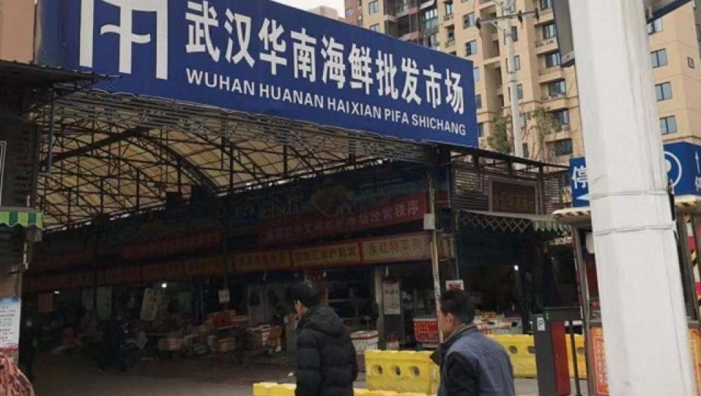 被指事發的武漢華南海鮮市場資料圖片。 取自網絡