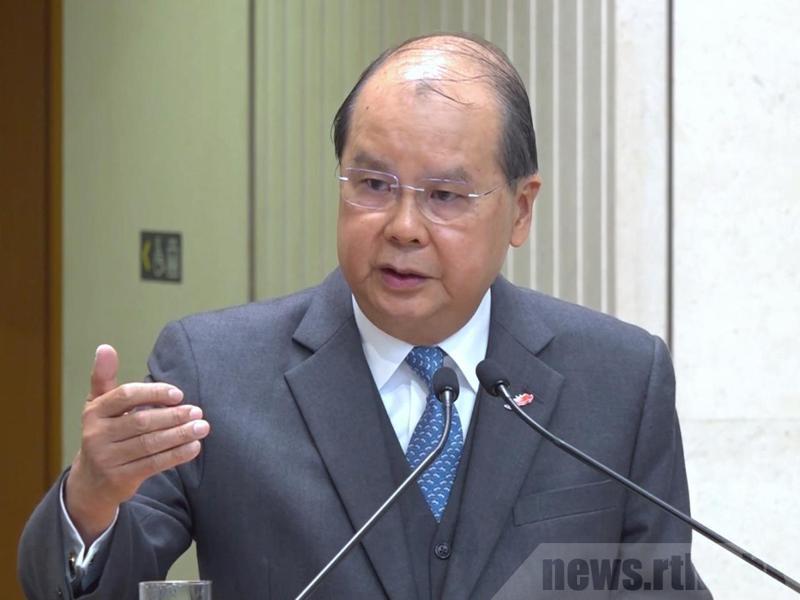 香港政府政務司長張建宗指出,信貸評級機構穆迪投資再下調香港主權評級的決定,是不公平做法。取自官方香港電台