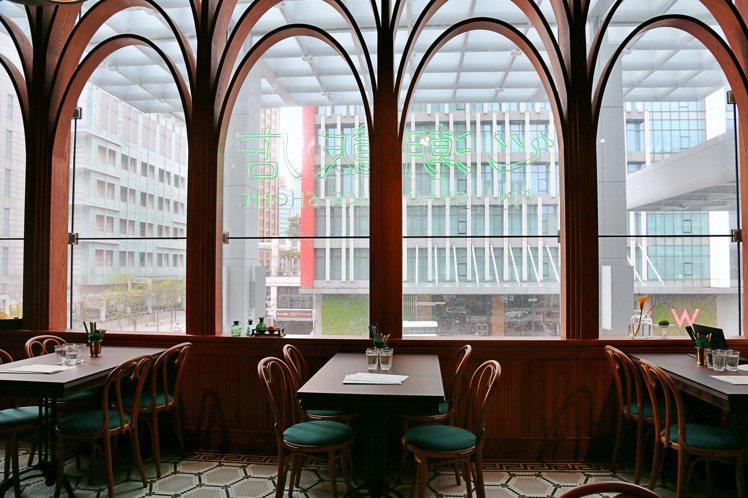 心潮飯店裝潢有著30年代的唐人街風格。記者魏妤庭/攝影