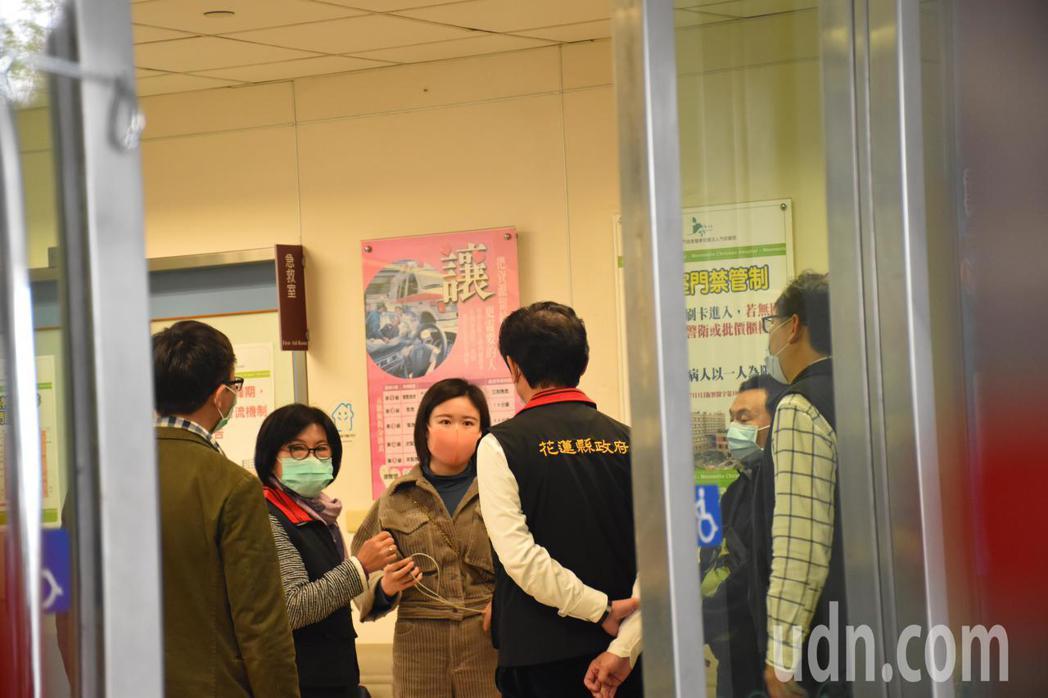 花蓮傳出來自大陸武漢的39歲女團客發燒,因領隊擔心是武漢肺炎,今天到門諾醫院急診...