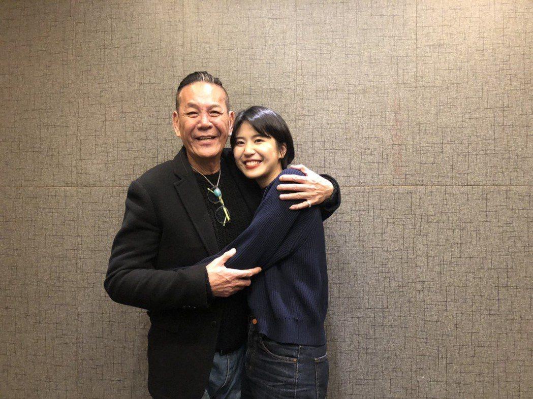 龍劭華和女兒陳璇出席華視尾牙。記者陳慧貞/攝影