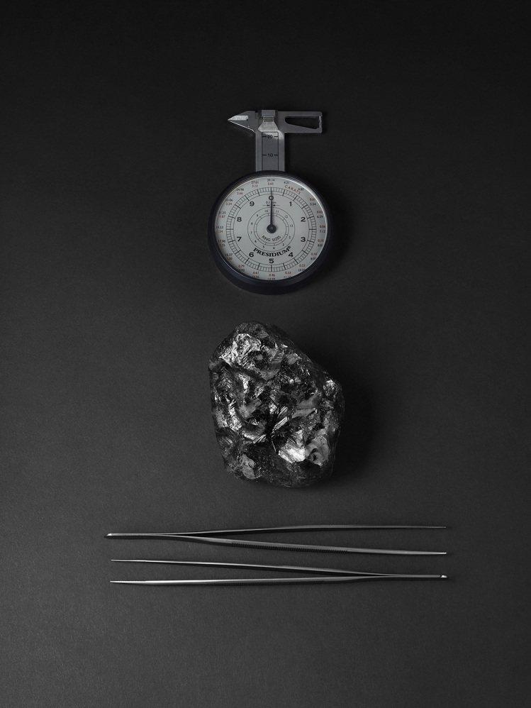 Sewelô鑽石原礦,重達約1,758克拉是目前已知世上第二重,並由LV買下。圖...