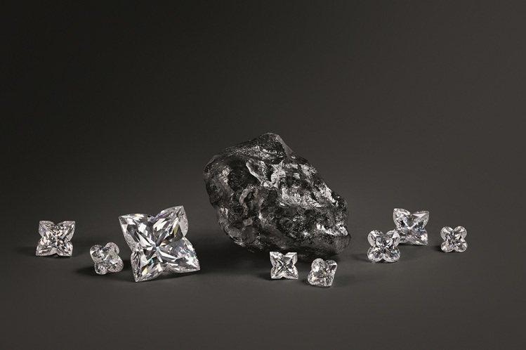 為了要打響在頂級珠寶市場的名聲,LV不畏風險買下了已知世上第二重的Sewelô鑽...