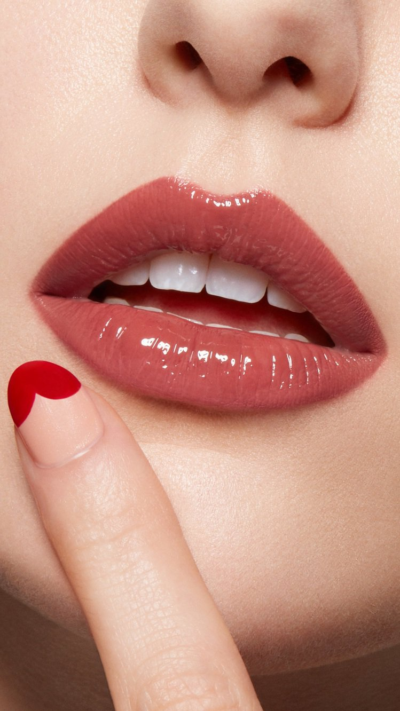 Lancome蘭蔻「絕對完美水唇釉」#274/售價1,150元。圖/蘭蔻提供