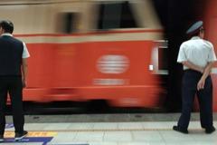 若載過疑似武漢肺炎旅客 台鐵將全面消毒站體及列車