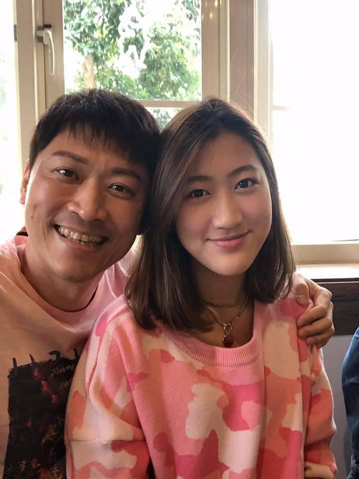 女兒赴美後成長許多,讓侯昌明非常欣慰。圖/摘自臉書