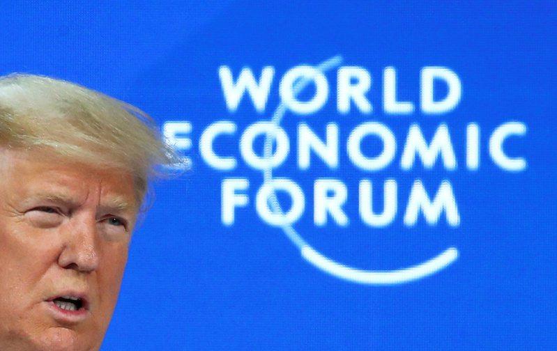 川普21日在達沃斯世界經濟論壇上發表演說。路透