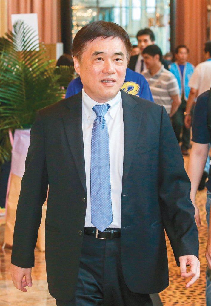 國民黨前副主席郝龍斌昨宣布參選黨主席,表示在兩岸關係上,國民黨應脫離民進黨的台獨綁架及共產黨的統一勒索。 圖/聯合報系資料照片