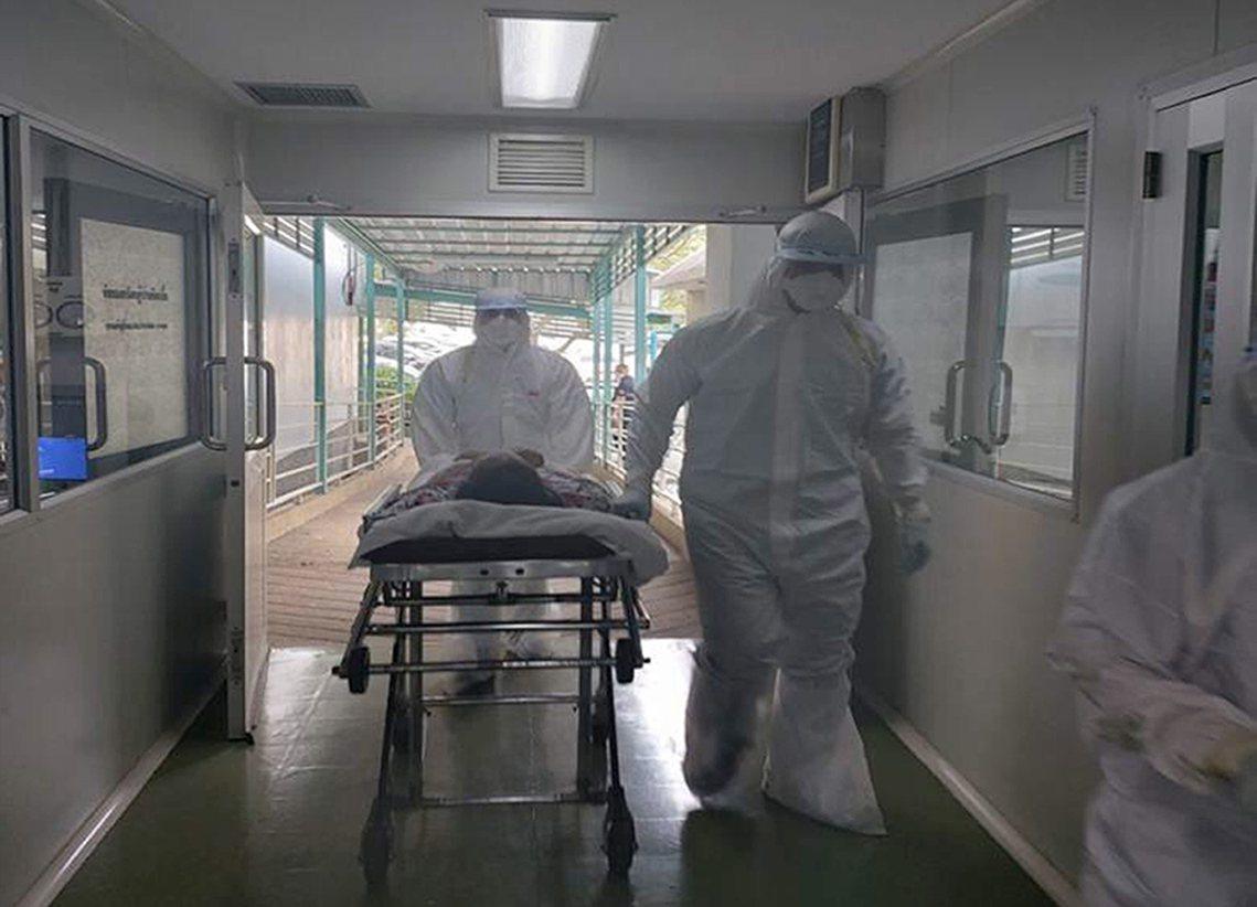 「武漢肺炎」持續蔓延擴大。圖為泰國隔離武漢肺炎感染者。 圖/歐新社