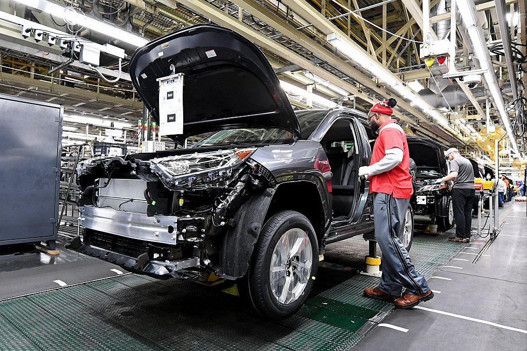 北美Toyota汽車分公司宣布,RAV4 Hybrid複合動力車型已經在美國肯塔...