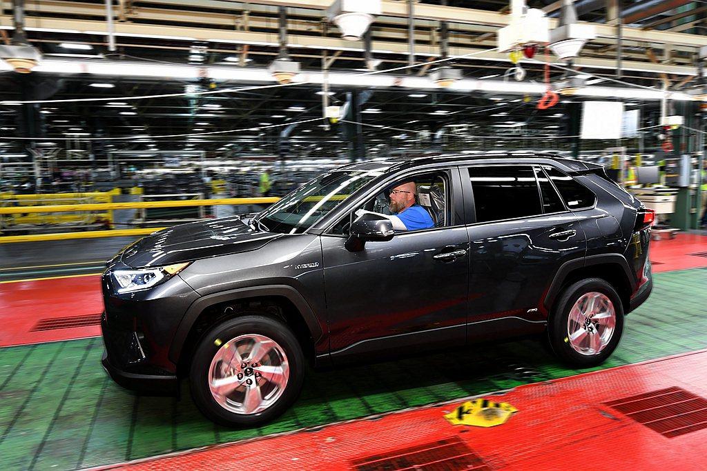 美國製RAV4 Hybrid在今年加入後,美國市場有望突破年銷售50萬輛成績。 ...
