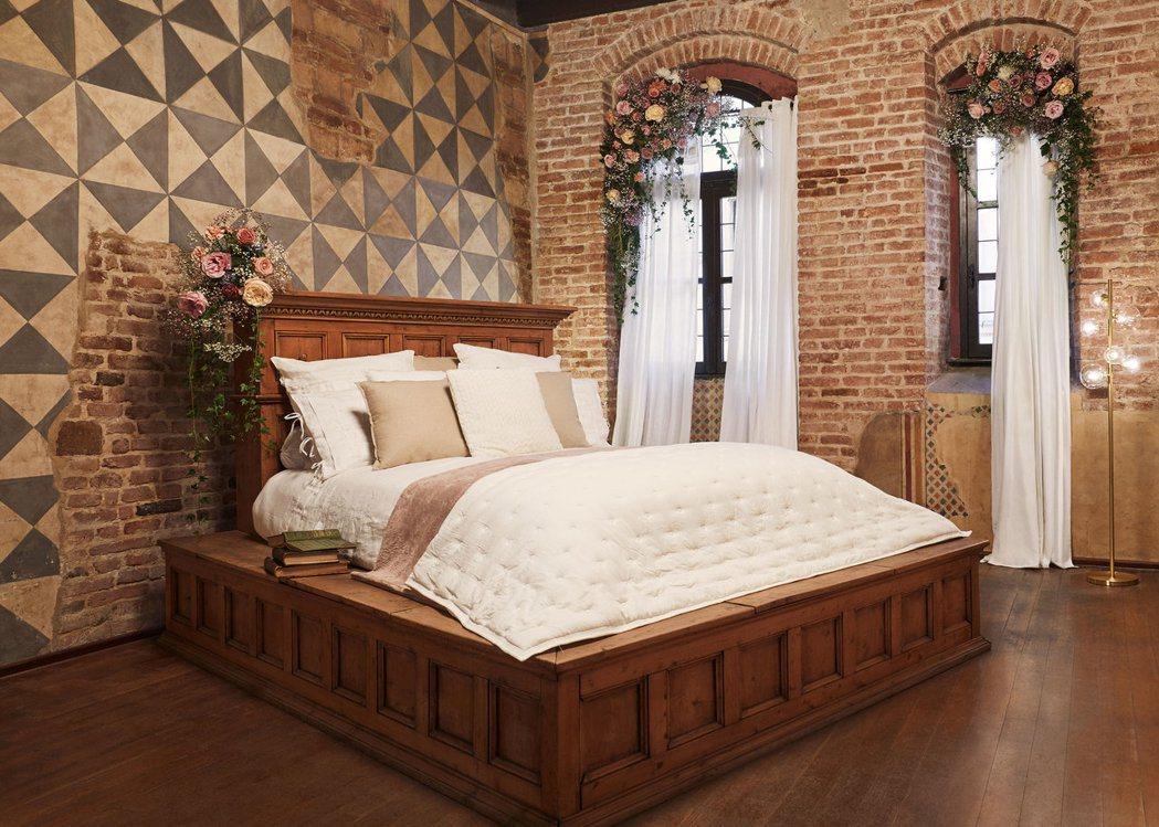 Airbnb與義大利建築師攜手改造,為現代版羅密歐與茱麗葉呈現奢華的住宿體驗。 ...