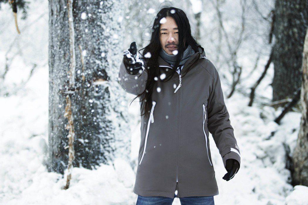 乱彈阿翔2020最新單曲「殊途陌生人」MV赴北海道取景。圖/相信提供