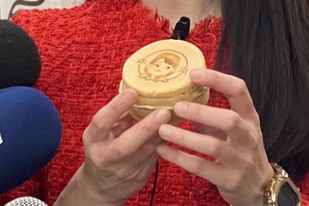 「兩點車輪餅」的珍珠奶油口味女神車輪餅。記者魏莨伊/攝影