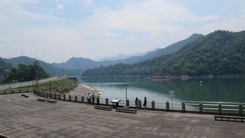 台三線公路龍潭石門水庫,是浪漫台三線計畫的起點。記者張弘昌/攝影