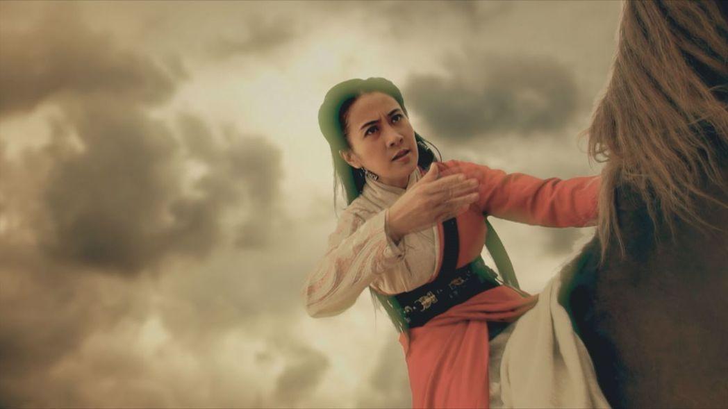 古典美人葉璇在「龍門飛甲」中飾演金鑲玉。圖/中天綜合台提供