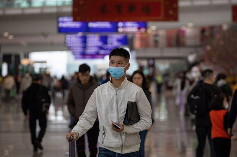 武漢新型冠狀病毒肺炎疫情擴散導致亞洲股市下挫,而在美國華盛頓州21日發現第一個確診病例後,美股也受牽連。歐新社