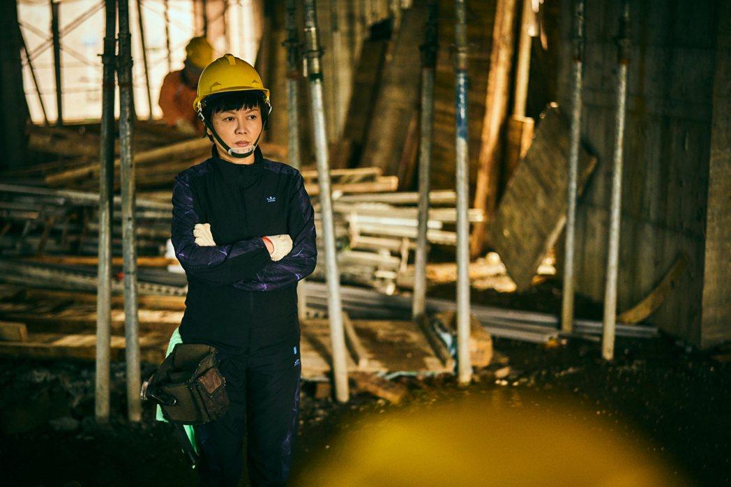 苗可麗被製作人形容是「工地最美麗的一道風景」。圖/大慕影藝提供