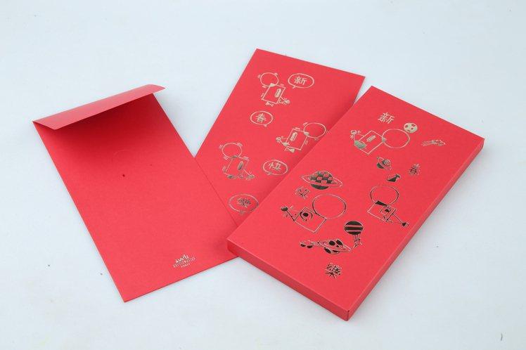 愛馬仕以抽象的老鼠配上星球圖案呈現天馬行空的奇幻世界,還搭配摺紙遊戲讓紅包更為立...