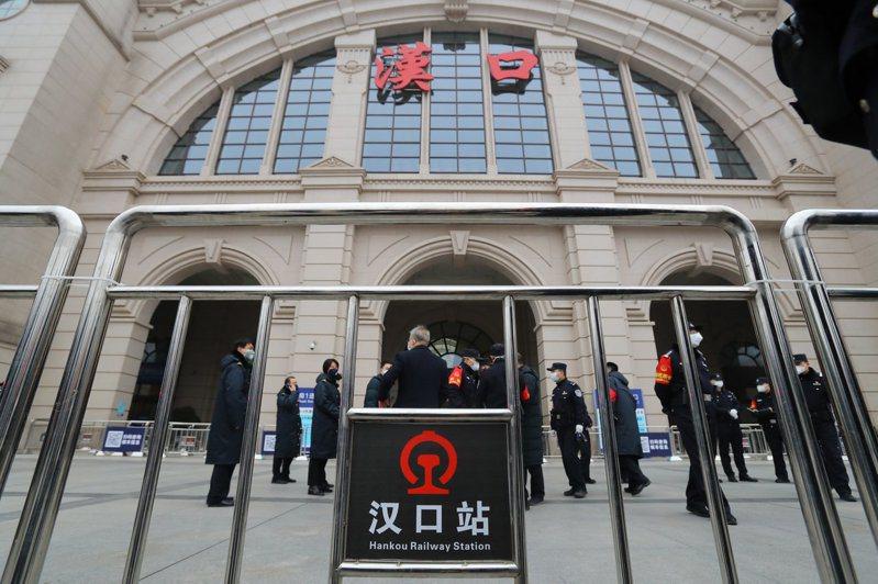 中國武漢市因肺炎疫情延燒並宣布封城,距離湖北武漢一個多小時車程的黃岡市也將啟動封城抗疫措施。中新社