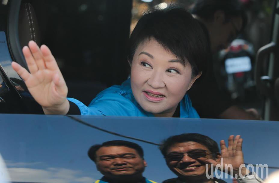 台中市長盧秀燕表示,因應中國大陸武漢肺炎疫情,台灣前2天已出現首例境外移入武漢肺炎確診個案,市府已啟動通報預警機制並提昇應變層級。記者黃仲裕/攝影