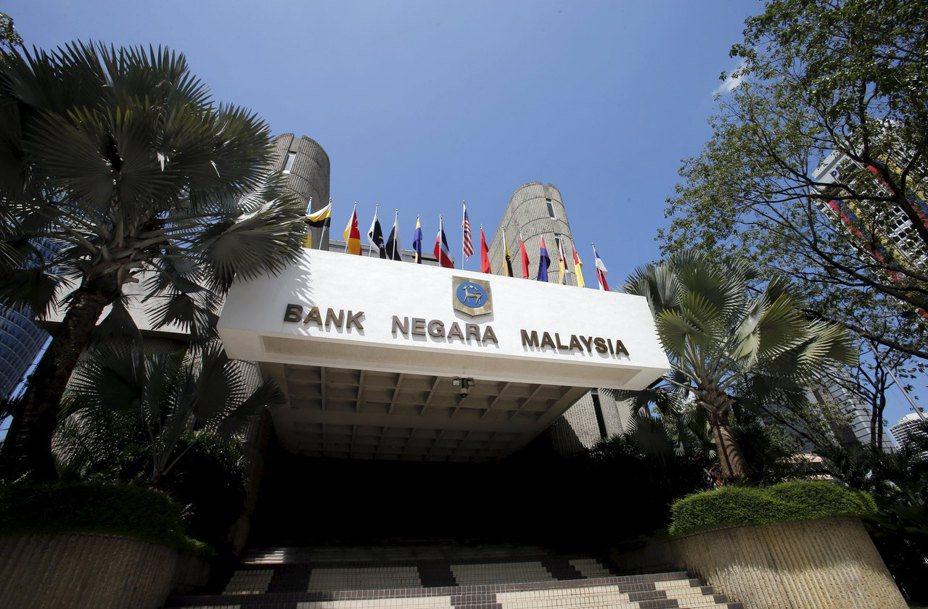 馬來西亞和南非央行意外降息後,市場對全球新興市場進一步貨幣寬鬆的預期心理隨之升高。。路透