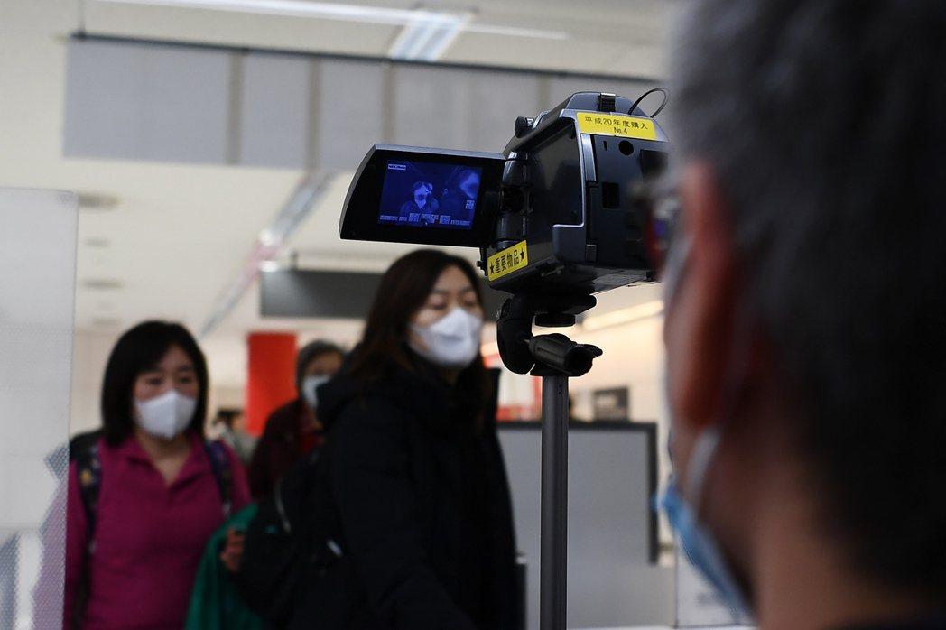 日本厚生省24日宣布,境內第二起武漢肺炎確診,為境外移入病例,患者為來自中國武漢...