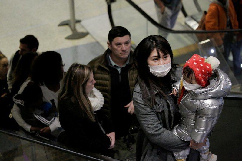 法國衛生部長布辛(Agnes Buzyn)24日晚間緊急召開記者會指出,法國已出現兩名新型冠狀病毒確診病例,一名在巴黎,另一名在波爾多,為歐洲首例。示意圖。 路透社