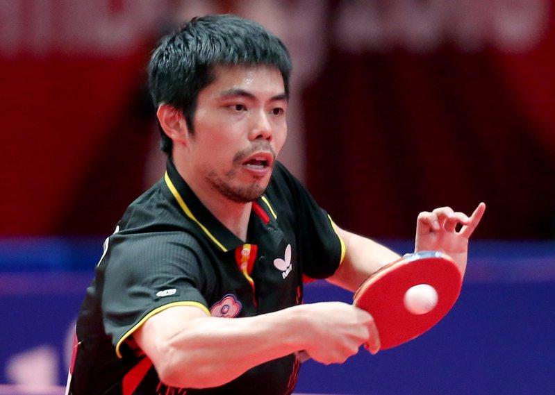 台灣桌球名將莊智淵今天在桌球卡達公開賽8強賽,未能重演前2戰逆轉戲碼,以0比4遭到英國一哥皮奇福德橫掃,無緣4強。 聯合報系資料照片