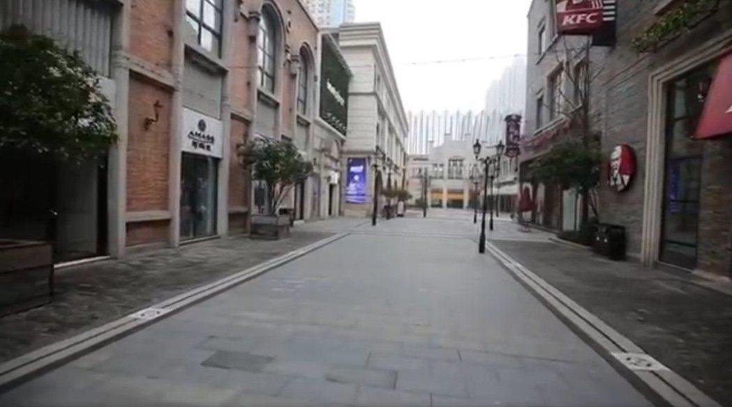 影片創作者林晨拍攝武漢封城後24小時的影片,把內部情況告知外界。 圖/擷自臉書影...