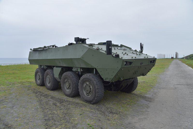 國軍二代雲豹甲車迫擊砲車型戰術測評已於上月底(12月)底完成,將進行缺失改進。圖/國防部軍備局提供