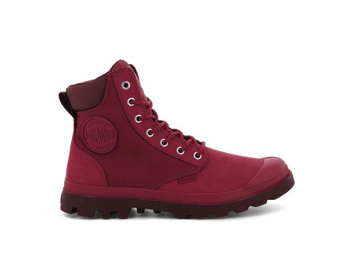 PALLADIUM經典防水軍靴,售價3,980元。圖/PALLADIUM提供