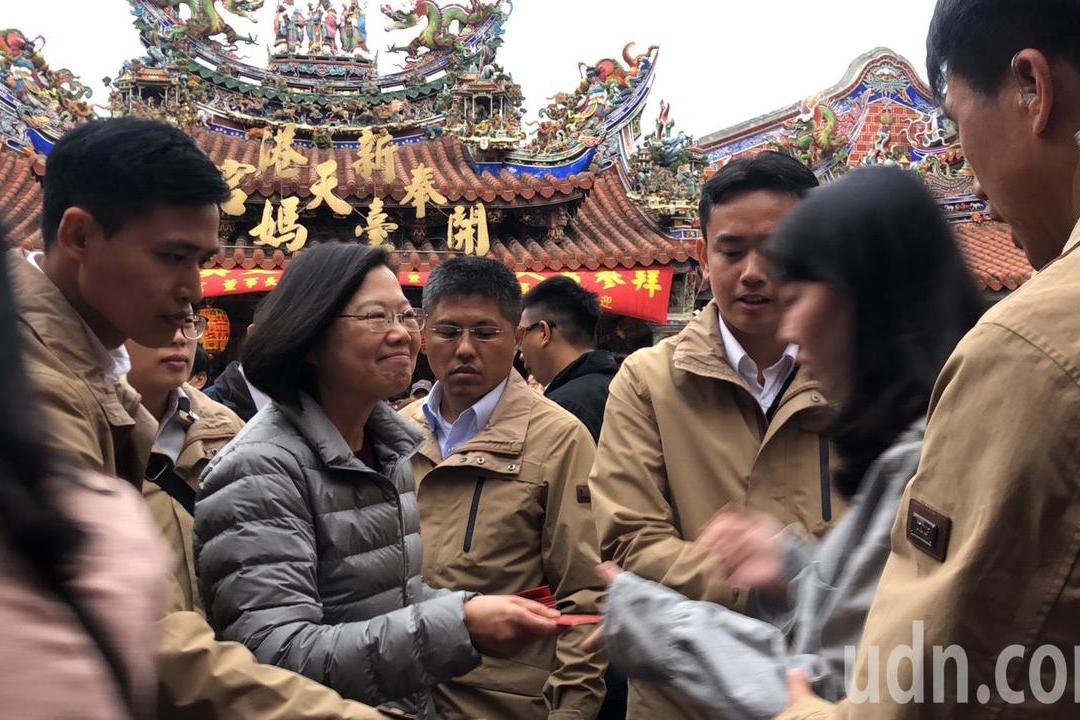 影/奉天宮慶媽祖來台4百年 蔡英文揭開慶賀匾額