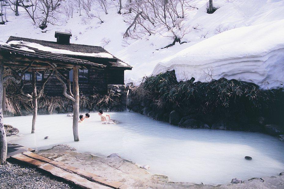 「乳頭溫泉鄉」富有各式各樣的溫泉水質。圖/JR東日本提供