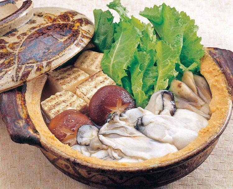 三陸的牡蠣受惠於優良的水質,因此身形肥美,乃是冬季必嚐的在地美味。圖/JR東日本...