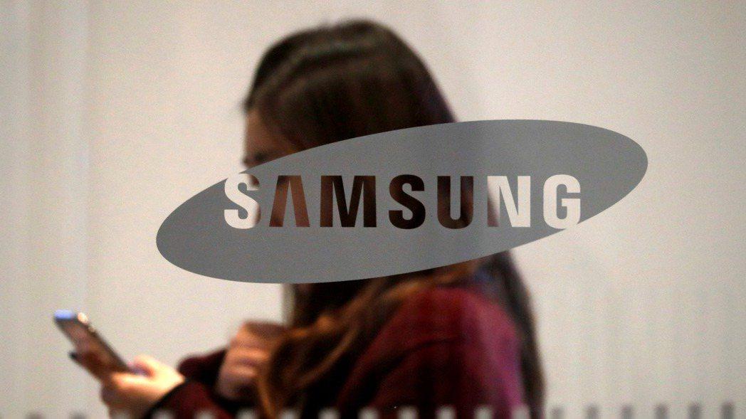 韓媒報導,三星電子已向艾司摩爾(ASML)下單,要採購約20台EUV微影設備。 ...