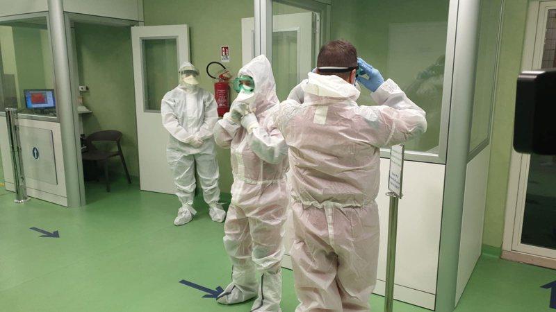 武漢肺炎疫情蔓延可能衝擊大陸半導體製造商的營運,成為美國同業的利多。 路透