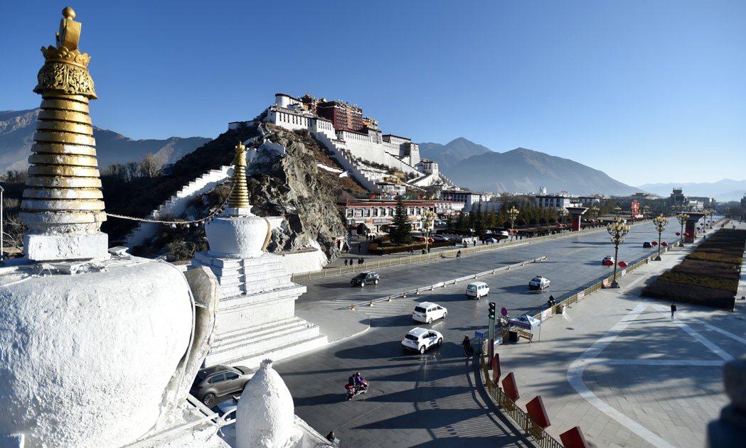 西藏自治區為應對新型冠狀病毒感染的肺炎疫情工作,全區啟動重大突發公共衛生事件Ⅰ級...