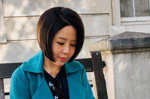 武漢肺炎疫情的升溫,讓大家都很恐慌,政府也提出一些相應措施,甚至禁止台灣口罩出口一個月,于美人見到這樣的事情,忍不住有感而發的在臉書寫下心中感觸。于美人在臉書提到自己心中的煎熬,「這幾天我每天都想發...