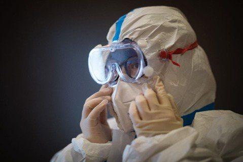 泛科學/從三篇新型冠狀病毒論文中,我們知道什麼?