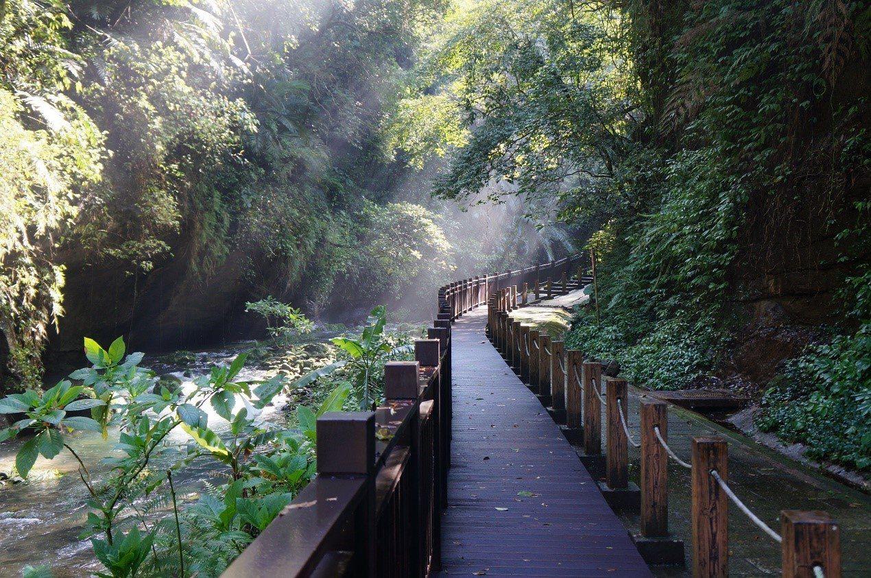 位在苗栗縣南庄鄉獅的頭山水濂洞步道。照片/參山國家風景區管理提供