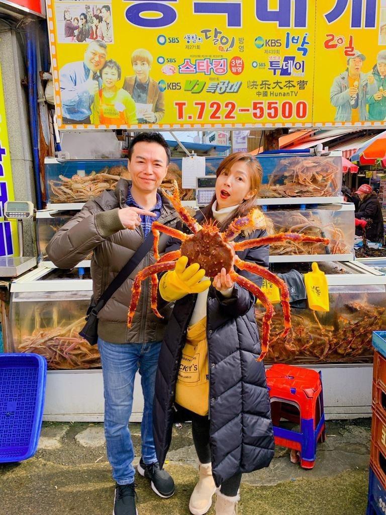 吳鈴山和老婆到釜山旅遊  圖/三立提供