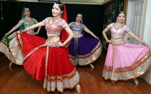 德馨學習印度舞5、6年,這些年經常和劉麗麗舞蹈團做公益演出。記者侯永全/攝影
